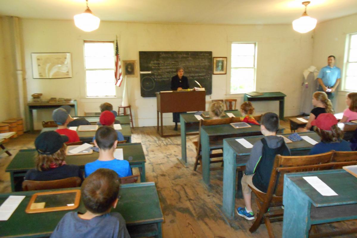 image 3rd grade visit to square