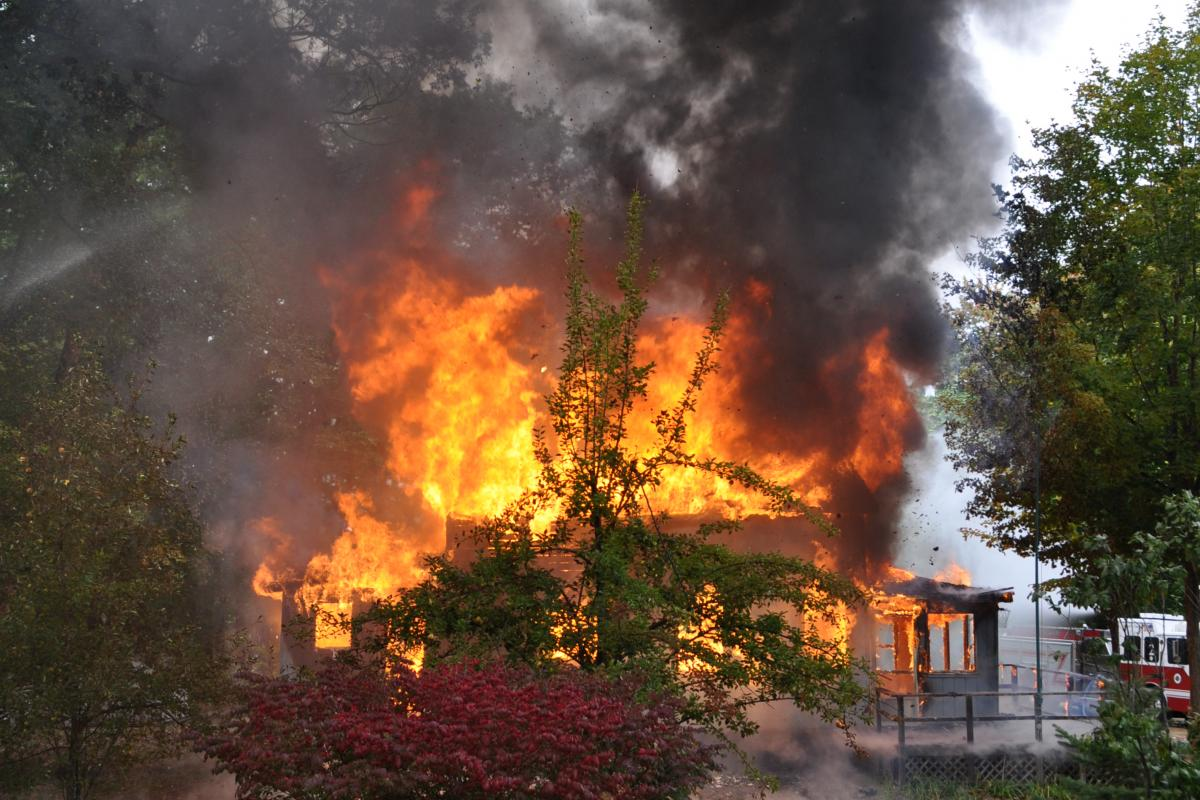 picture house fire